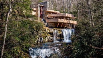 Touring Frank Lloyd Wright's Fallingwater